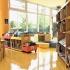 spazio dedicato ai più piccoli che raccoglie tutti gli albi illustrati della biblioteca e una sezione NpL